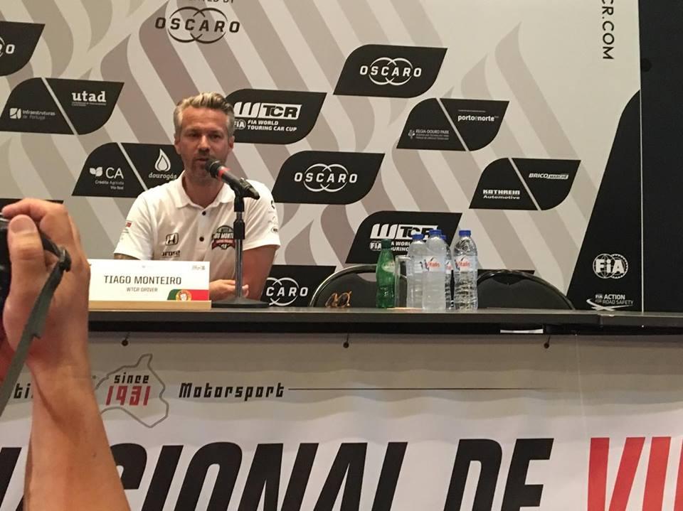 Tiago Monteiro ainda compete este ano.